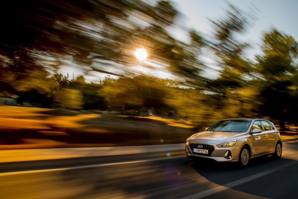 Το νέο Hyundai i30 μέσα από τον φακό του Car and Driver!