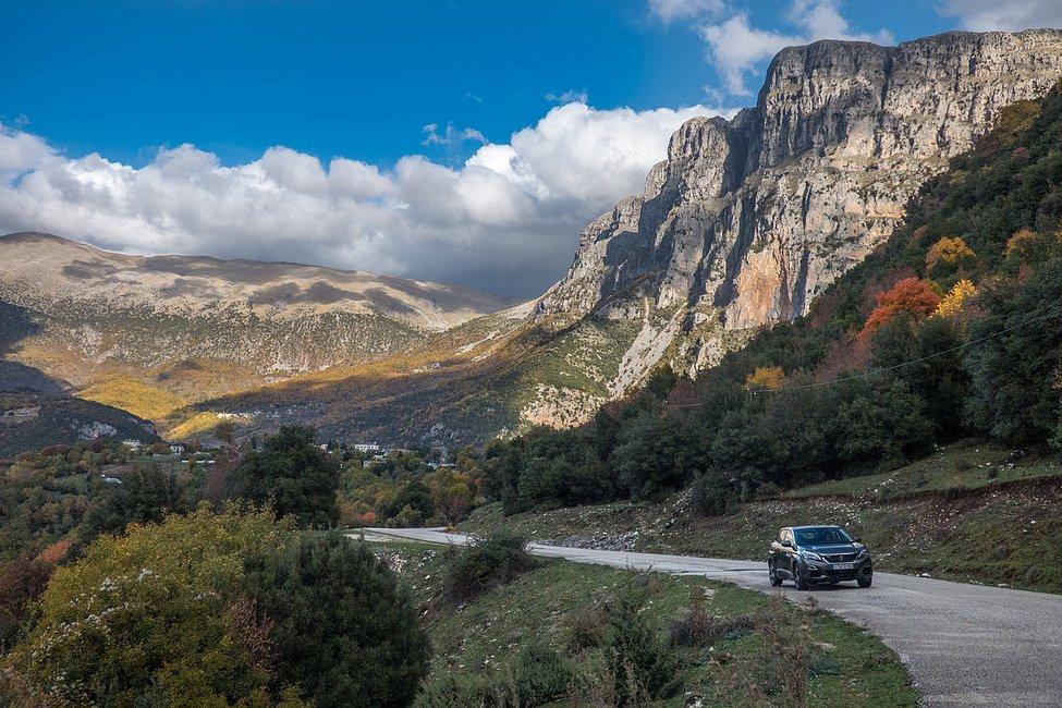 13+1 φωτό με το Peugeot 3008 στα Ζαγοροχώρια που δεν θέλεις να χάσεις!