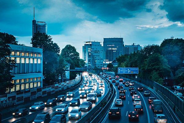 Τεχνολογία για πράσινα φανάρια από την Audi