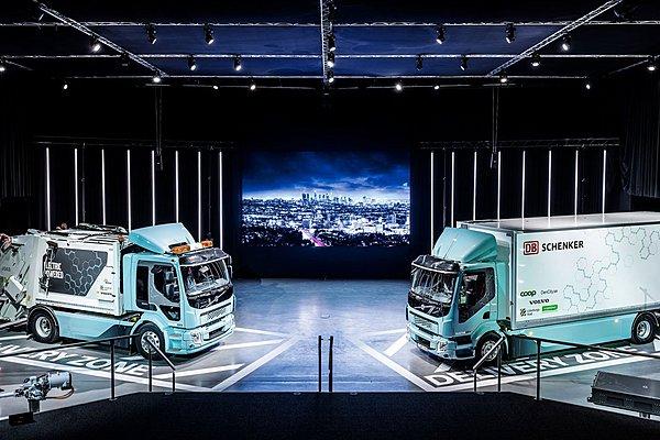 Η Volvo παρέδωσε τα πρώτα ηλεκτρικά φορτηγά της σε επιλεγμένους πελάτες της