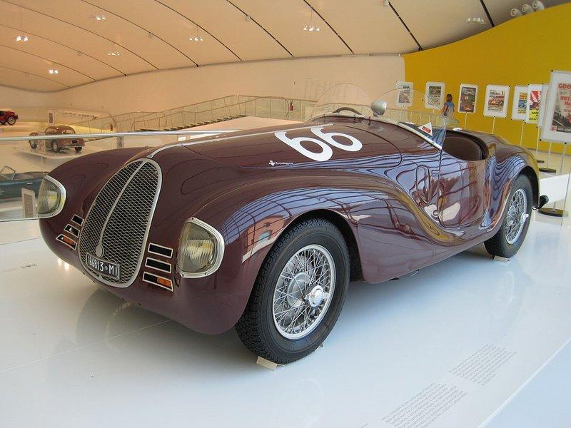 Η Auto Avio Costruzioni 815 (ACC 815) είναι το πρώτο αγωνιστικό αυτοκίνητο που κατασκεύασε ο Ferrari το 1940. Κάποιοι την θεωρούν ως την πρώτη ανεπίσημη Ferrari.