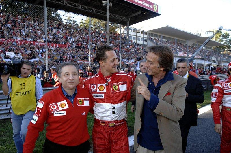 Ο Michael Schumacher είναι ένα από τα σημαντικότερα κεφάλαια στην αγωνιστική ιστορία της Ferrari. Ο Γερμανός πιλότος ήταν στην ομάδα από το 1996-2006 και κατέκτησε τους πέντε από τους συνολικά επτά Παγκόσμιους Τίλους Οδηγών της καριέρας του (2000-2004). Με αυτόν, η Ferrari κατέκτησε έξι συνεχόμενα Παγκόσμια Πρωταθλήματα Κατασκευαστών (1999-2004).