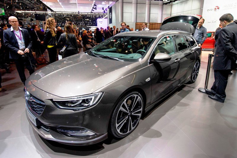 Opel Insignia Sports Tourer / AP