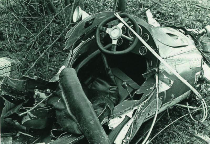 Ένα κλαταρισμένο ελαστικό αποδείχθηκε αρκετό για να κόψει πρόωρα το νήμα της ζωής του Jim Clark, μόλις στα 32 χρόνια του...