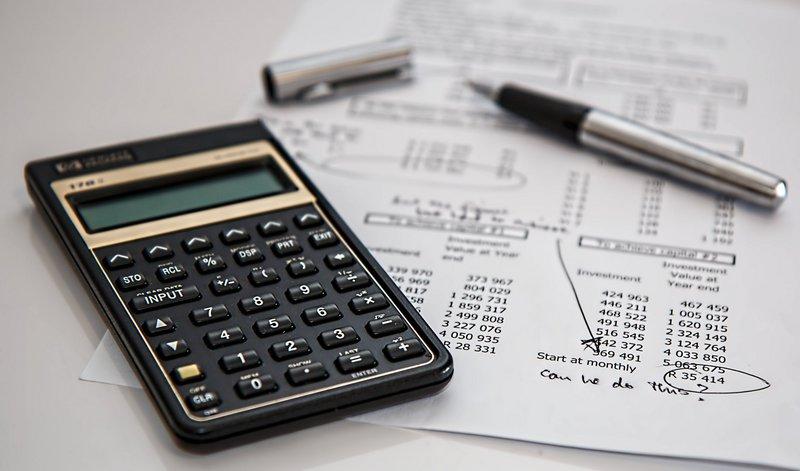 Με χαρτί, μολύβι, κομπιουτεράκι και τη βοήθεια ειδικού πρέπει να γίνουν οι υπολογισμοί...
