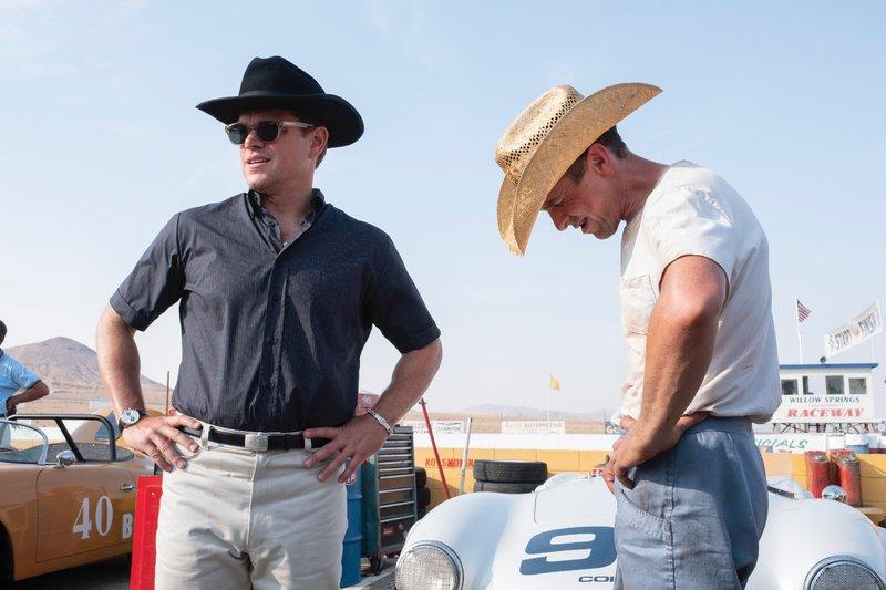Ο Carroll Shelby [Ματ Ντέιμον] και ο Ken Miles [Κρίστιαν Μπέιλ] στα γυρίσματα της ταινίας Le Mans  66.