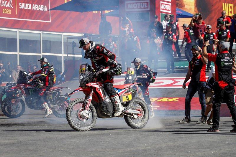 Με τη νίκη αυτή, ο Ricky Brabec (Hesperia, Καλιφόρνια, ΗΠΑ) καθίσταται ο πρώτος Αμερικανός αναβάτης που κερδίζει το Dakar Rally.