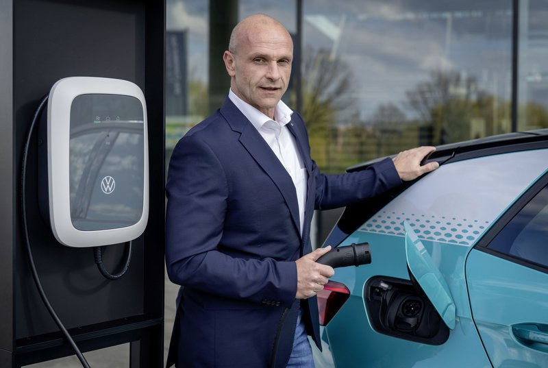 O κ. Thomas Ulbrich, μέλος του Διοικητικού Συμβουλίου της Volkswagen για την ηλεκτροκίνηση.