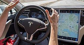 Η Tesla στα γερμανικά δικαστήρια για το Autopilot