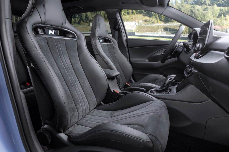 Tα σπορ Hyundai i30 N ανανεώθηκαν και έγιναν και λίγο πιο δυνατά