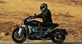 Test – Triumph Rocket 3 R 2020: Cruiser με στεροειδή!