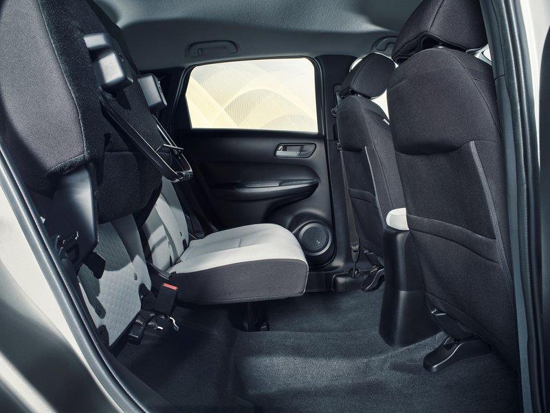 Τα πίσω καθίσματα «Magic Seats» του νέου Honda Jazz.
