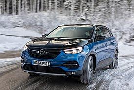 Τα ηλεκτρικά της Opel πήραν τα βουνά
