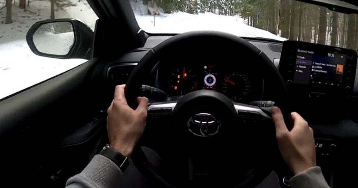 Χορεύοντας στο χιόνι με ένα Toyota Yaris GR (Βίντεο)