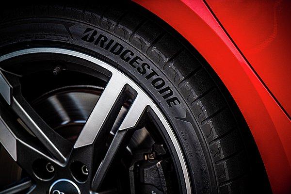 Bridgestone Potenza Sport: Για υψηλές επιδόσεις και τον απόλυτο έλεγχο