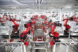Να γιατί η Tesla δεν έχει επηρεαστεί από την παγκόσμια έλλειψη σε chip