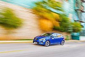 Δοκιμάζουμε το Renault Clio με υβριδική τεχνολογία από την F1