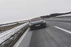 Γερμανία: Γιατί διστάζουν οι οδηγοί να αγοράσουν ηλεκτρικά αυτοκίνητα