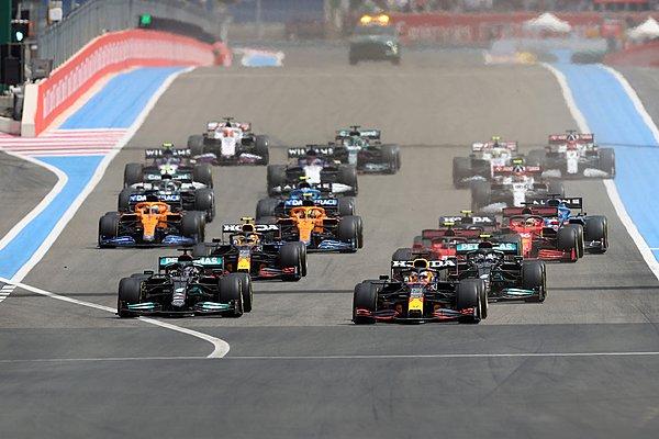 F1: Γιατί δεν πήρε ποινή ο Verstappen στην εκκίνηση του Γαλλικού GP