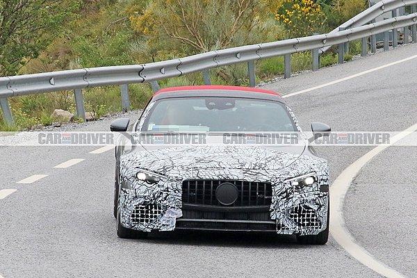 Η νέα Mercedes AMG SL αποκαλύπτεται!