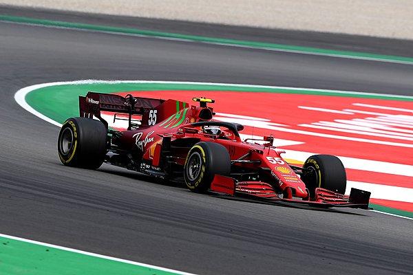Συζητήσεις για νέα συνεργασία ανάμεσα σε Ferrari και Philip Morris