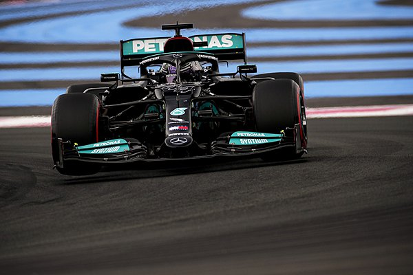 H FIA θα ελέγξει τη νομιμότητα της εμπρός πτέρυγας της Mercedes