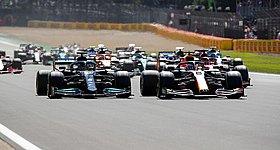 Επίσημη επανεξέταση του συμβάντος Hamilton-Verstappen ζήτησε η Red Bull