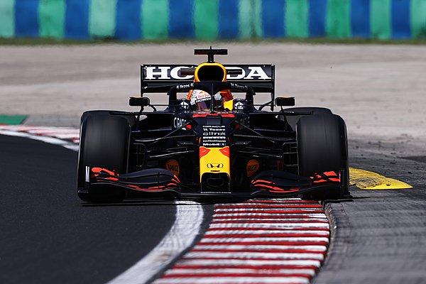GP Ουγγαρίας - FP1: Οριακά πρώτος ο Verstappen, στις μπαριέρες ο Tsunoda