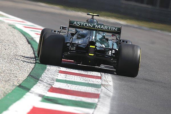 Παραμένουν στην Aston Martin οι Vettel και Stroll