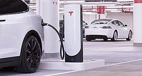 Η Tesla αξίζει όσο μαζί οι εταιρείες Disney, Netflix, Spotify και Peloton!